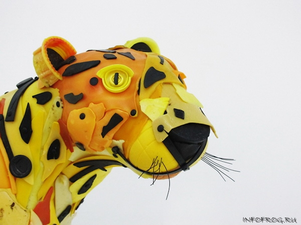 Wild-Animals-Made-from-Ocean-Trash-2