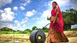 Необычное ведро Waterwheel для развивающихся стран