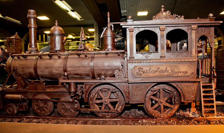chocolate-train