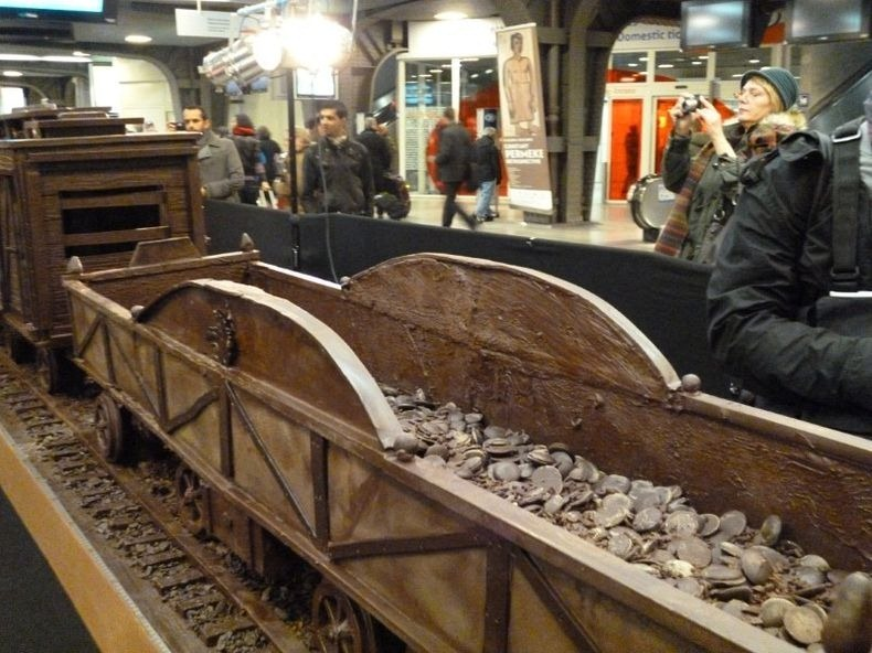 chocolate-train4