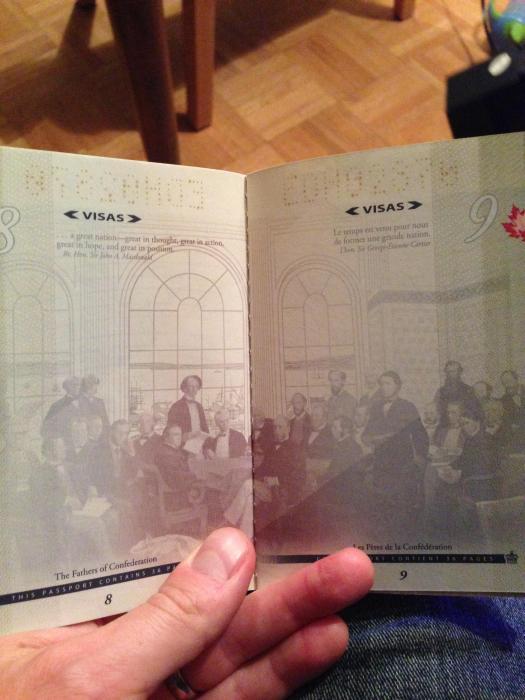 Креативный паспорт гражданина Канады