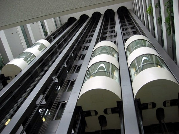 unusual-lifts13