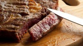 Жареное мясо повышает риск слабоумия